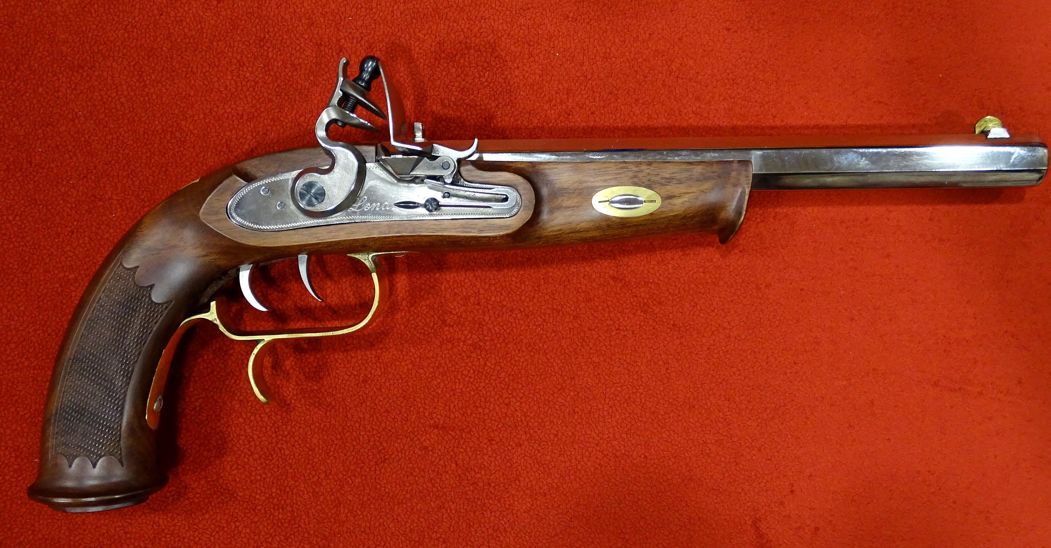 Ardesa P-1135 William Parker of London Pistol .45 pedernal - Armería ...