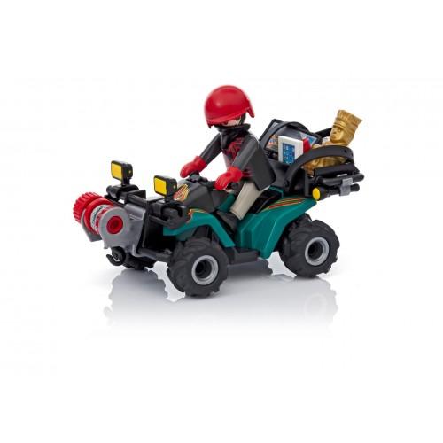 6879 Ladrón con quad y botín
