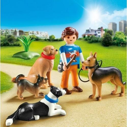 9279 Adiestrador de Perros