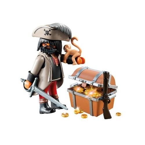 4767 Pirata con cofre del tesoro